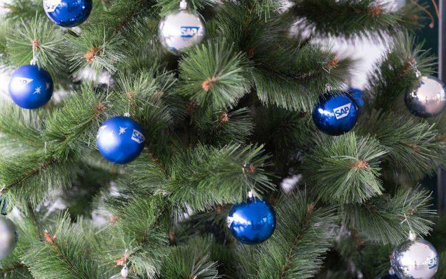 рекламни новогодишни топки SAP 2