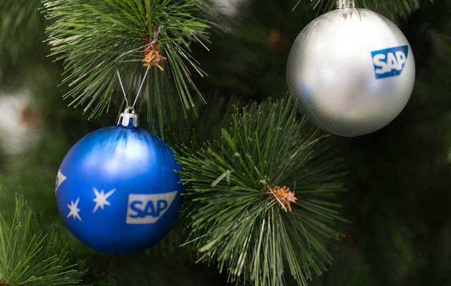 рекламни новогодишни топки SAP